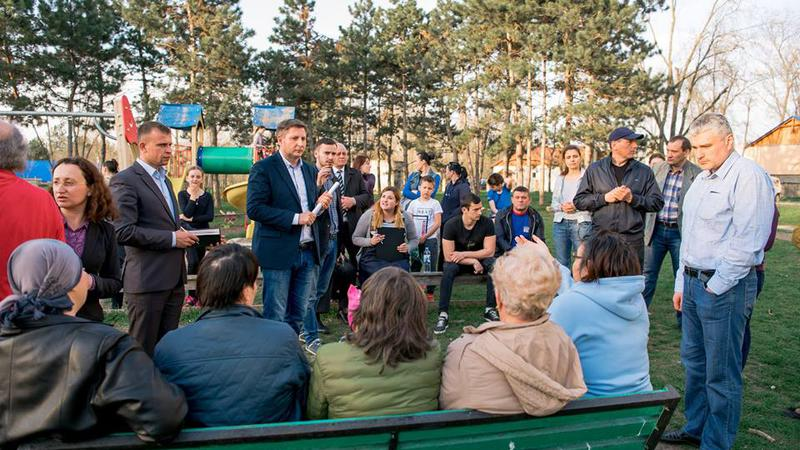 Platforma DA, întâlnire locuitroii capitalei1 | Sursa: Alexandru Machedon/Facebook