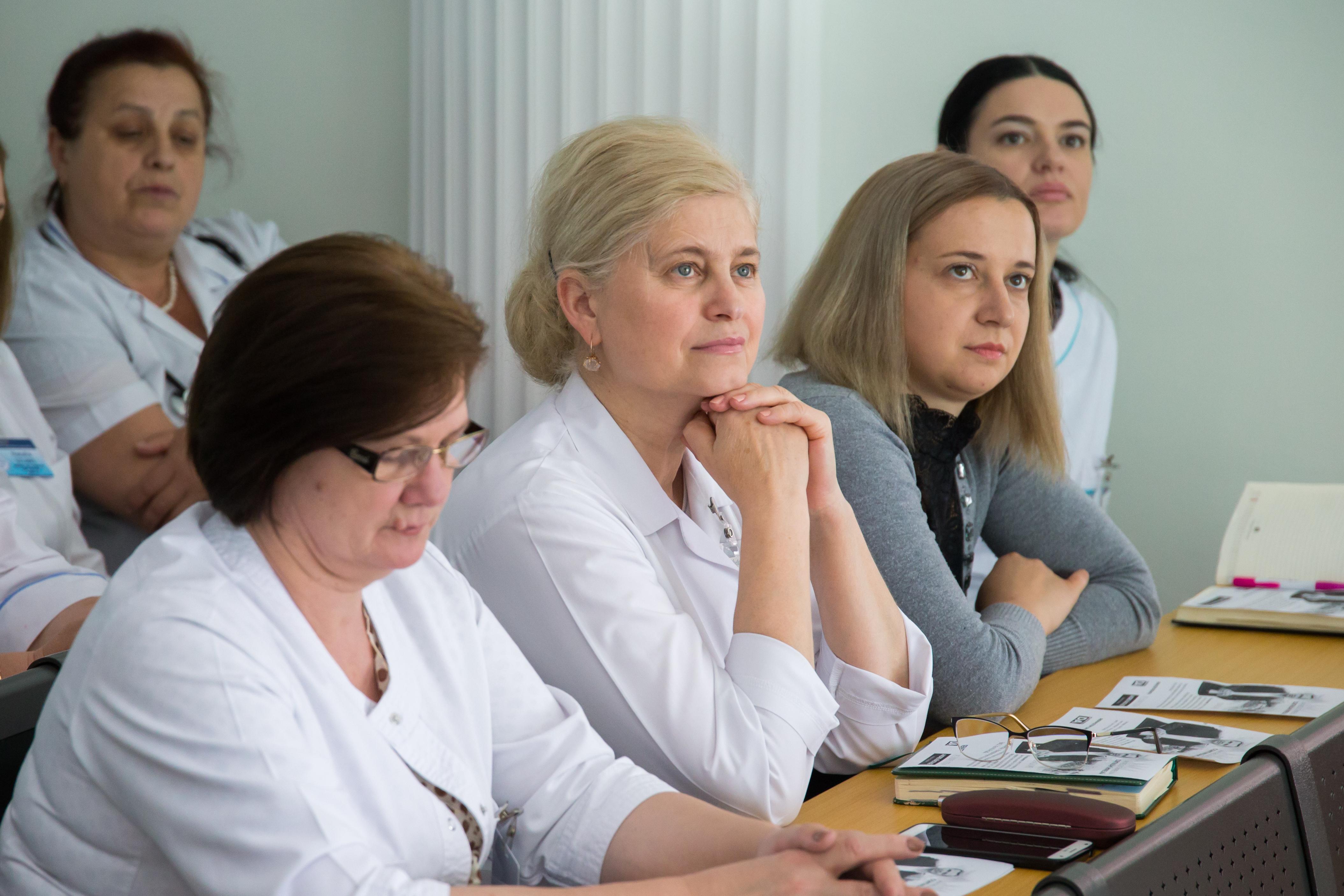 Andrei Năstase, întâlnire medici1